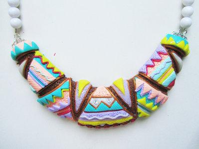 Collana handmade mezzaluna multicolore in fimo e cernit