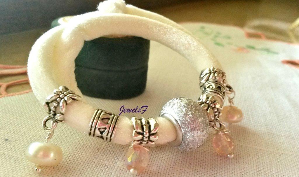 Bracciale velluto bianco panna perle