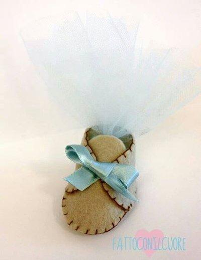 bomboniera scarpetta porta confetti bebè firmato fattoconilcuore