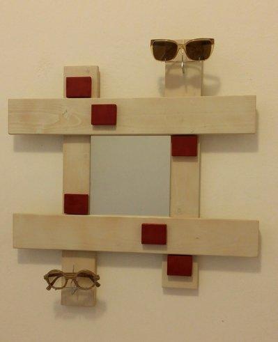 Specchio legno da parete porta occhiali per la casa e per te ar su misshobby - Specchio da porta ...