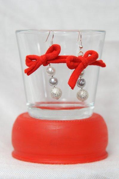 Orecchini Perle argento e Fiocco rosso