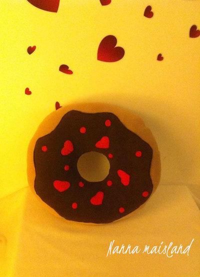 cuscino ciambella donut romantica