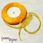 Lotto 1 mt. nastro organza 10mm giallo oro