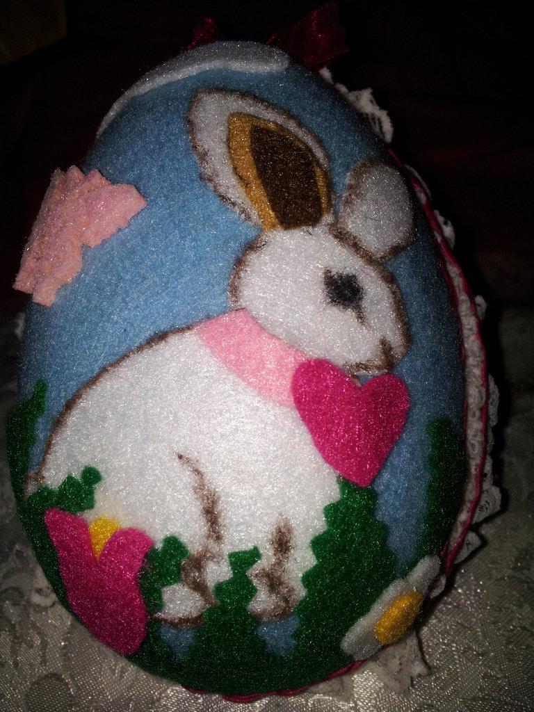 uovo di pasqua in feltro (piccolo)