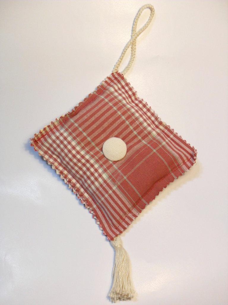 cuscinetto puntaspilli