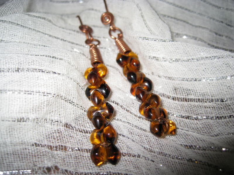 Copper earrings with amber pearls