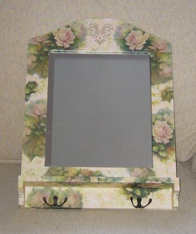 Specchio con mensolina e Ganci Guardaroba