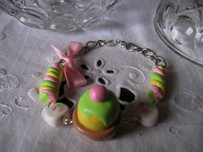 Bracciale con marshmallow e cupcake