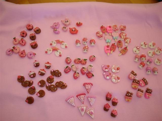 Ciondoli  stile kawaii - fimo charms per orecchini, bracciali biscottini ciambelle gelatini torte cake ecc