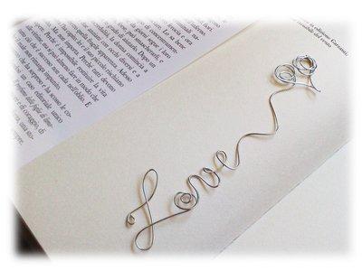 Segnalibro wire fatto a mano (love)