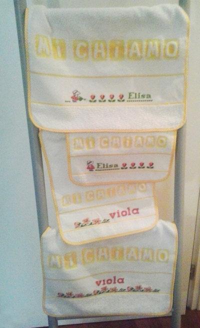 Set bavaglia + asciugamano