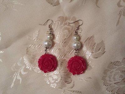 orecchini con perle e rosa