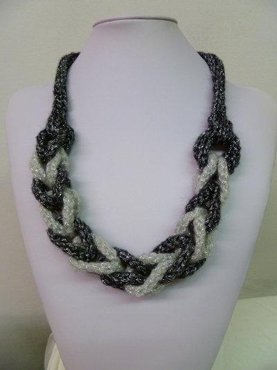 collana bi-colore treccia