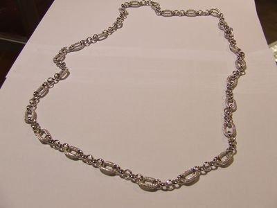 Collana in metallo rodiato color argento - cod. A32