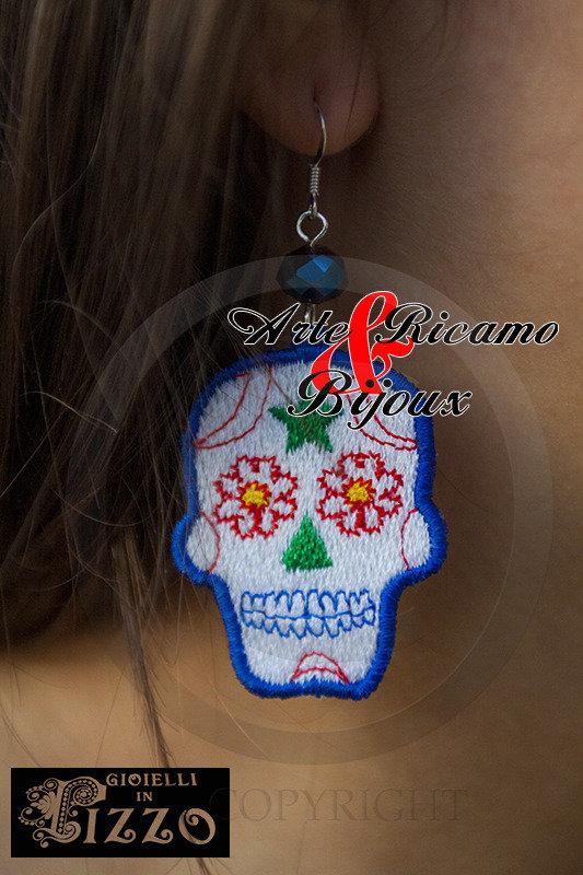 Orecchini Mexican Skull in pizzo Macramè by Arte Ricamo & Bijoux