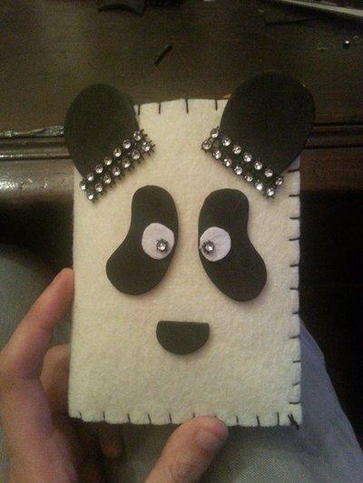 Portafoglio Panda fatto a mano in feltro e pannolenci