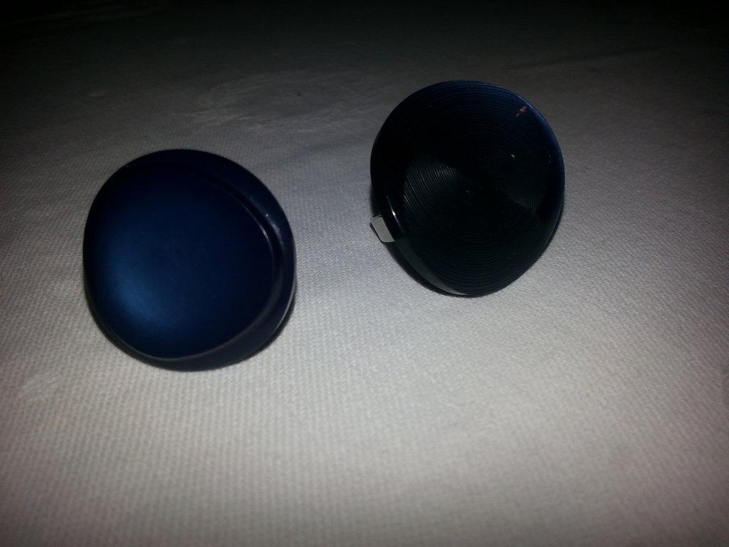 Anello bottone, vari modelli disponibili. entra e guarda