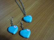 Orecchini e collana a cuore in pasta di fimo creati a mano