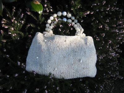 borsa panna e oro con perle da cerimonia
