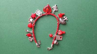 Bracciale charms rossi Alice nel Paese delle Meraviglie