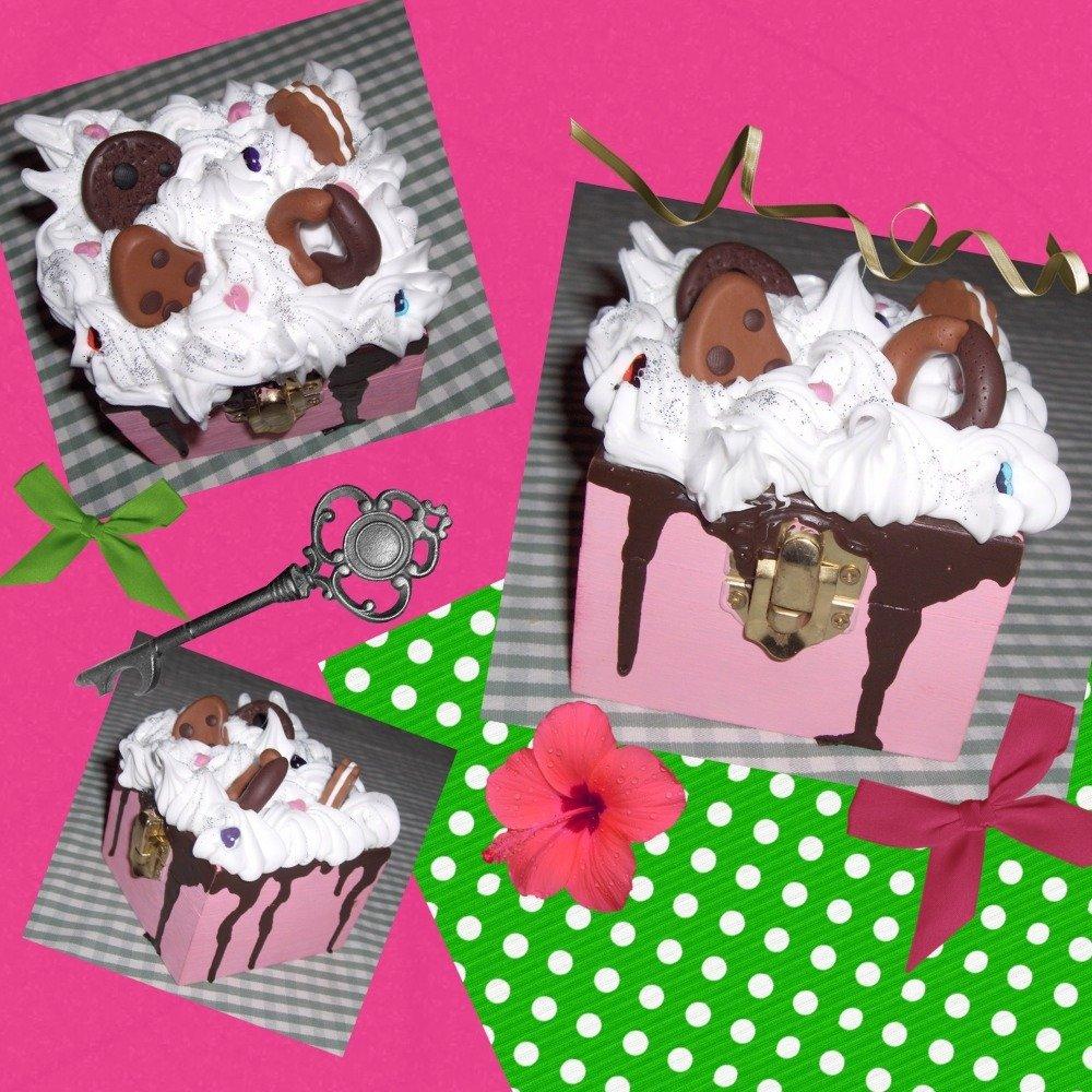 Scatolina rosa al cioccolato