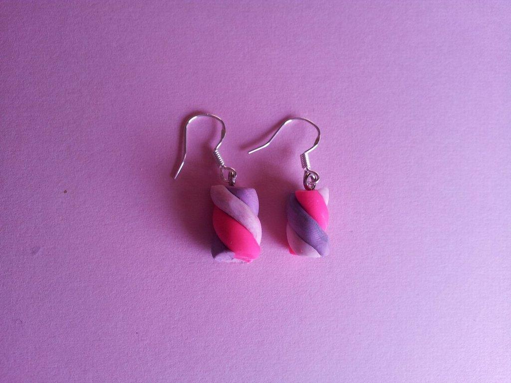 Orecchini in fimo marshmallows rosa e viola
