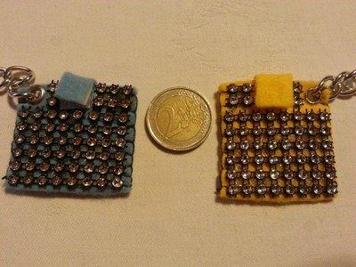 Portachiavi portamoneta o gettone x carrello della spesa strass giallo azzurro