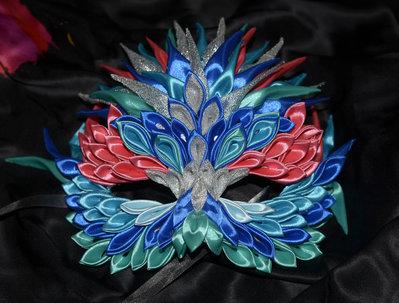 Maschera per carnevale fatta a mano