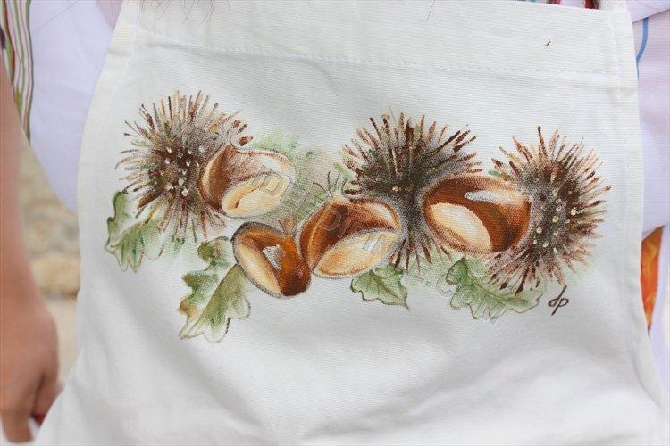 Grembiule dipinto - Tema castagne e funghi