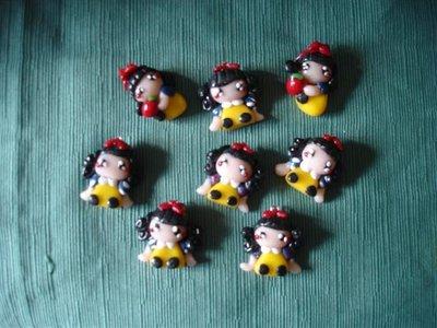 ORECCHINI  BIANCANEVE - fimo charms adatto per orecchini, bracciali, anelli, spille
