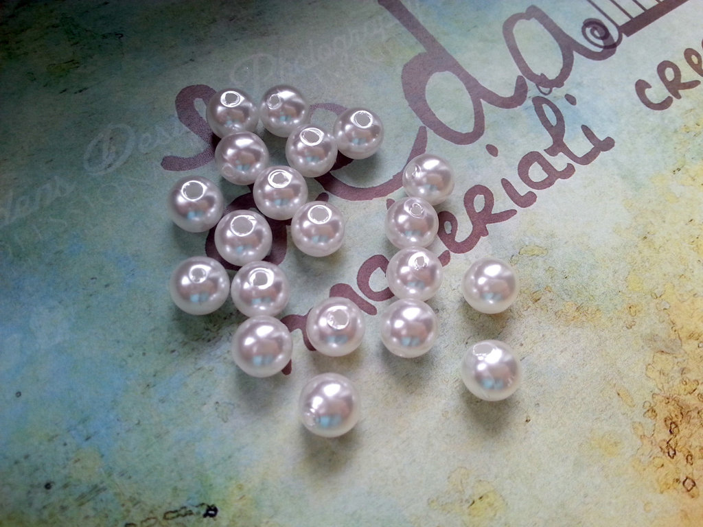 25 Perle bianche 8mm