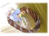 Ghirlanda fiori e rose, corona di legno cuore- decorazione fuoriporta