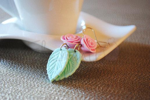 Orecchini rosa e foglia