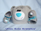 Cappello e le scarpine Teddy, orsacchiotto
