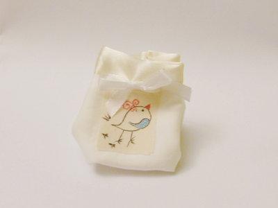 Sacchetti portaconfetti fatti a mano: per bomboniere personalizzabili, originali, uniche