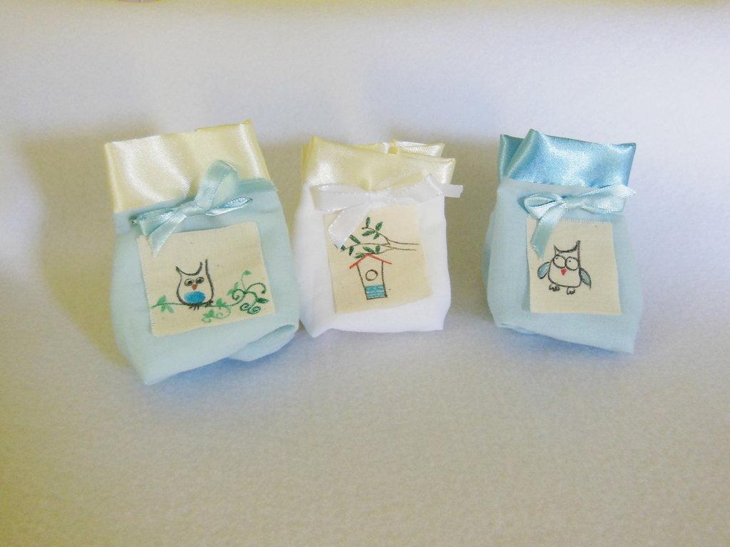 Set di 50 sacchetti portaconfetti: le bomboniere in cotone e satin con tema piccoli 'gufi'