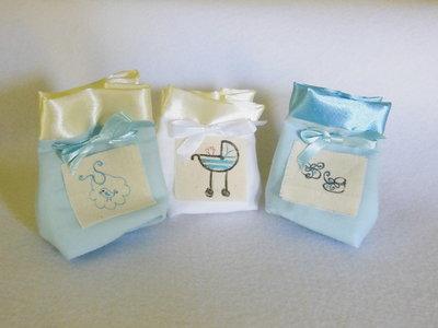 Set di 10 sacchetti portaconfetti: le bomboniere in cotone e satin per il battesimo, la comunione, la cresima del vostro bambino