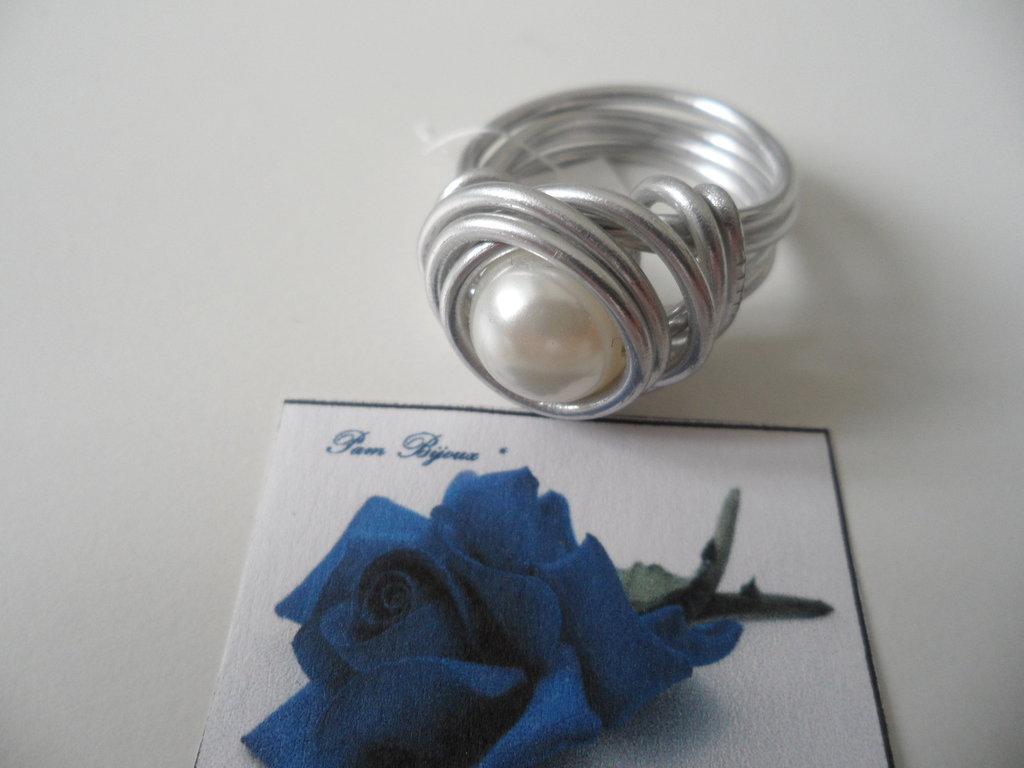 Anello Perla Bianca