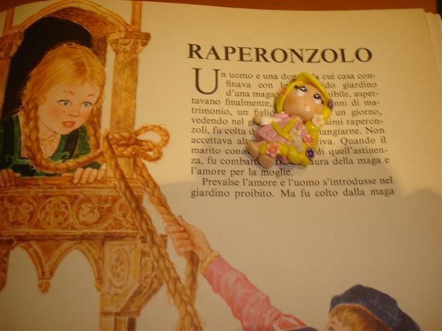 Ciondolo principessa RAPERONZOLO fimo - charms per orecchini bracciali collana portachiavi