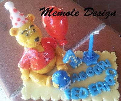 cake topper Whinnie the pooh memole design