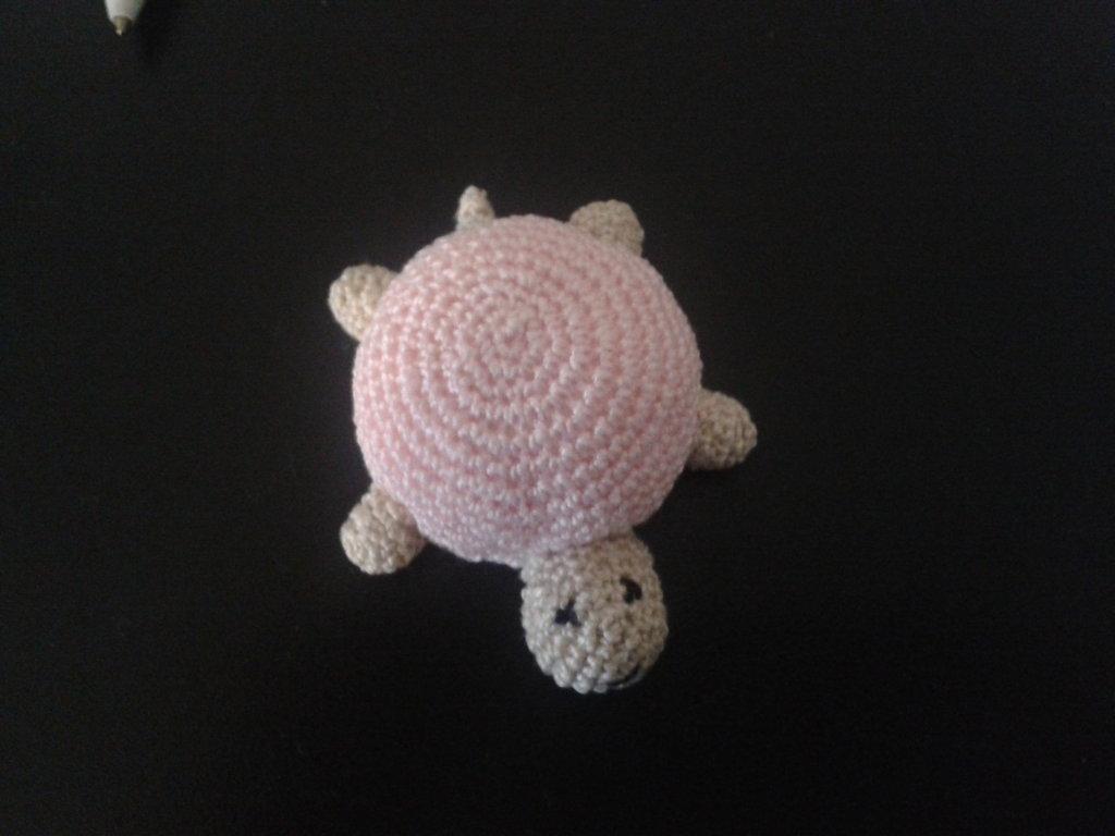 tartaruga amigurumi rosa