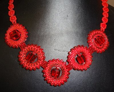 collana girocollo perline e cubi Swarovski rossa