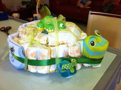 torta di pannolini a forma di tartaruga
