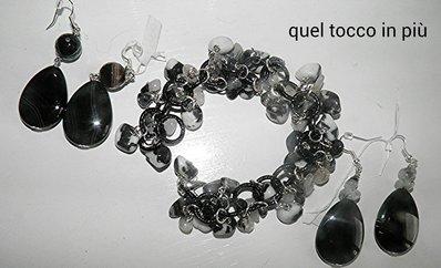 completo collana e orecchini (orecchino di destra venduto)