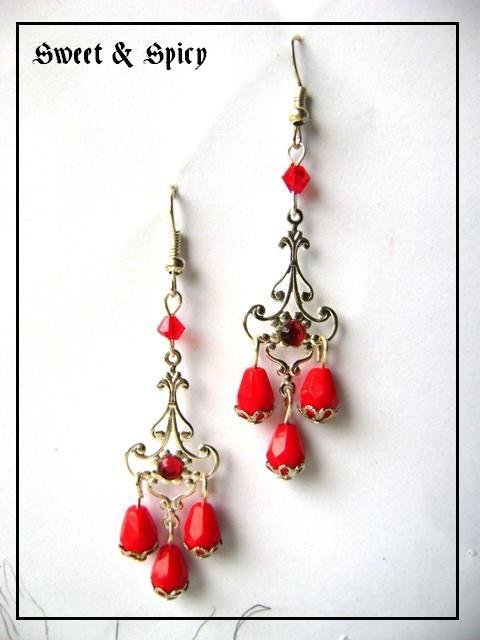 VICTORIAN RED FILGREE EARRINGS