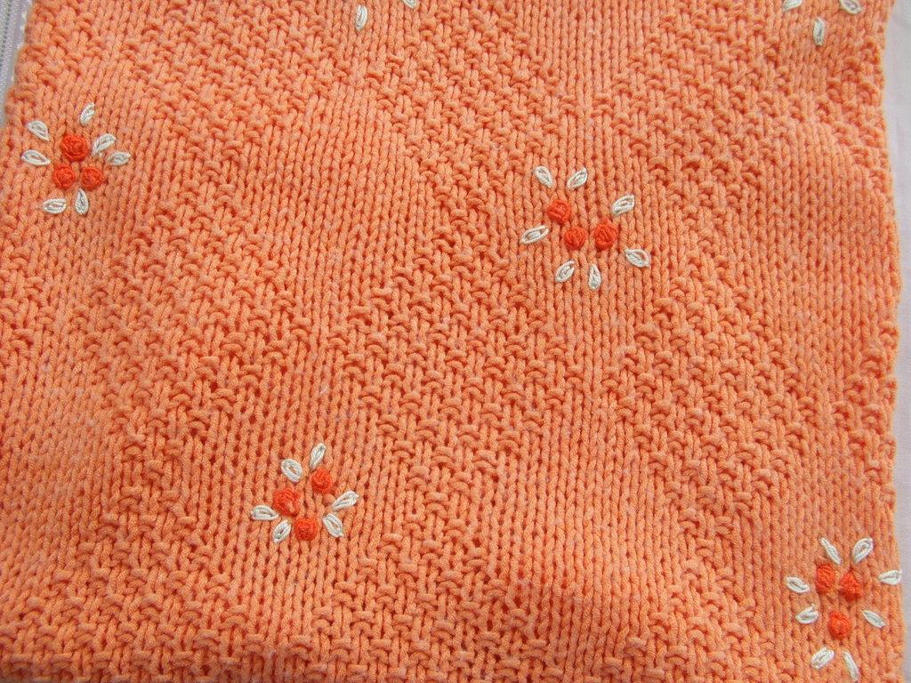 copertina lavorata a mano ricamata cotone lana