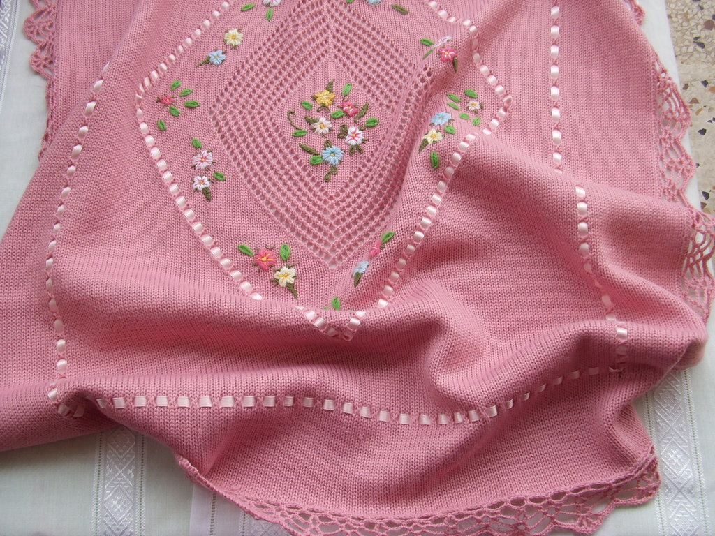 copertina cotone lana per culla ricamata