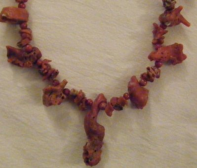 collana   con   corallo   naturale   grezzo