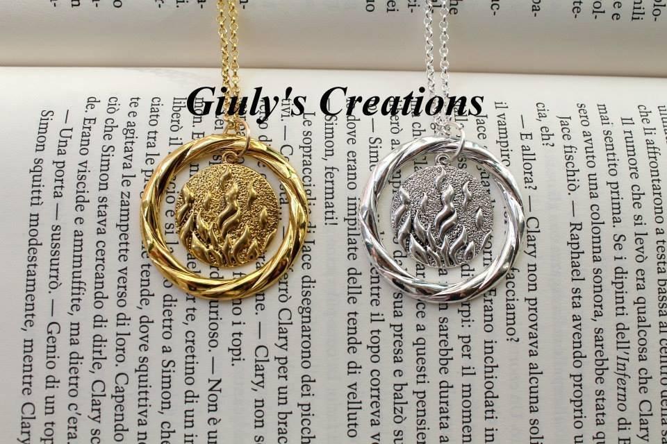 Collana con pendente ispirato a Divergent