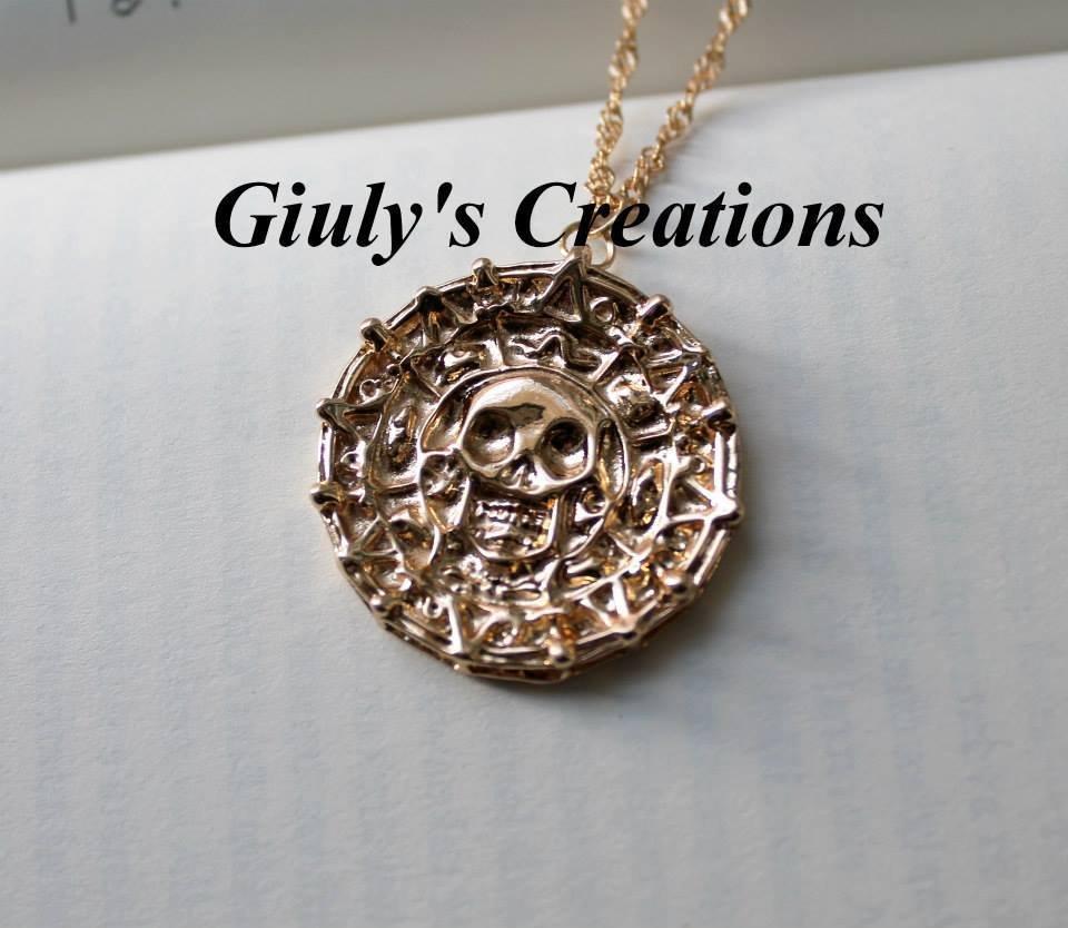 Collana con medaglione d'oro azteco de Pirati dei Caraibi colore oro Jack Sparrow Elizabeth
